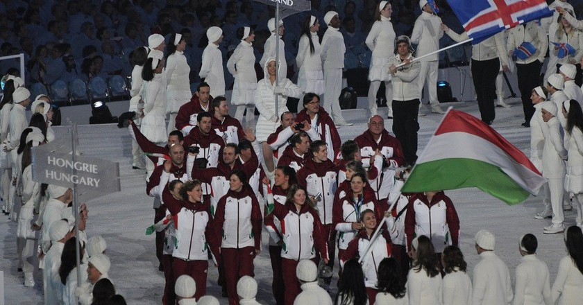"<a href=""https://www.flickr.com/photos/mattmay/4358028574/sizes/l"">Olympic March | ©  Matt May / Flickr cc.</a>"