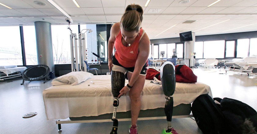 Roseann Sdoia lost her right leg in the 2013 Boston Marathon bombings | © Charles Krupa/AP/REX/Shutterstock
