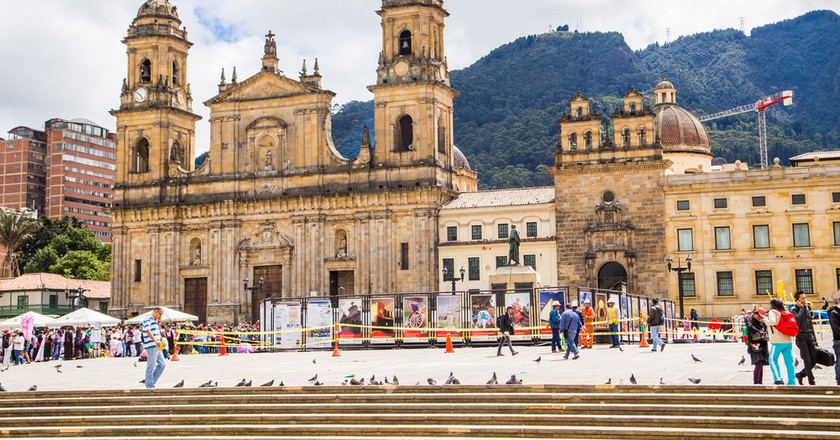 Bolivar Simon Square and the Cathedral in Candelaria, Bogota, Colombia |© ESB Professional/Shutterstock