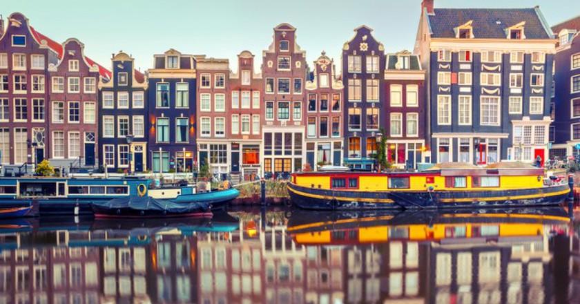 Amsterdam Canal Singel | © kavalenkava / Shutterstock