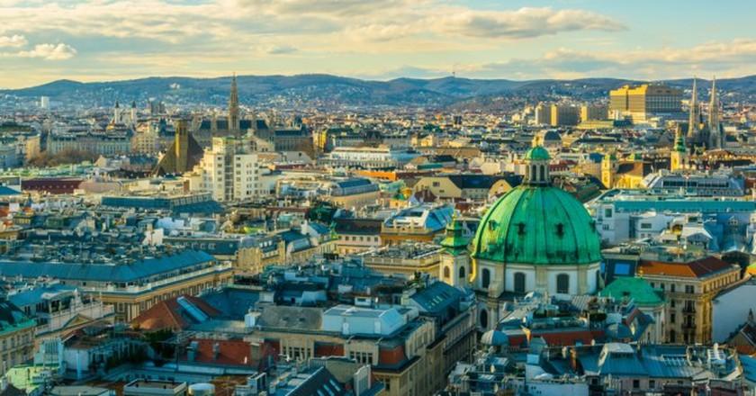 Aerial view of Vienna |© trabantos / Shutterstock