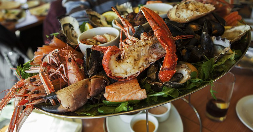 A seafood plate|©ShenXin/PixaBay