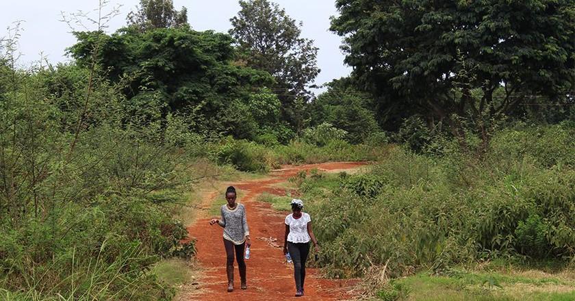Hiking Kenya is a unique experience | © Jean Wandimi