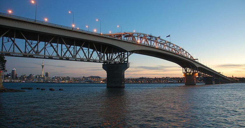 Auckland Harbour Bridge | © Stephen Witherden/Wikimedia Commons