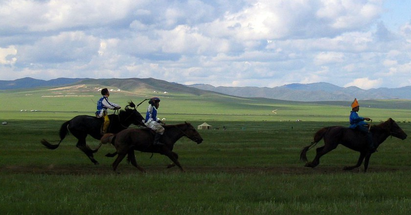 Three Naadam Riders | © InvictaHOG/Wikimedia Commons