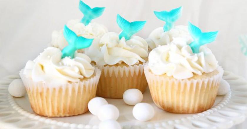 Mermaid-inspired cupcakes | © Elena Roussakis / Flickr