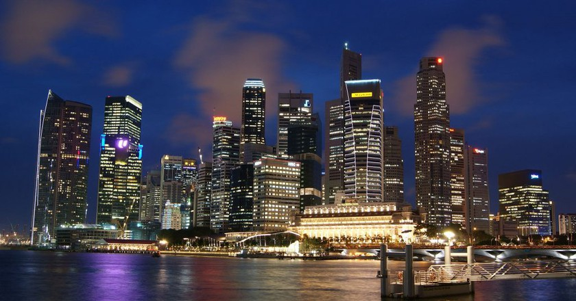 https://commons.wikimedia.org/wiki/File:Singapore_Skyline_at_Night_with_Blue_Sky.JPG