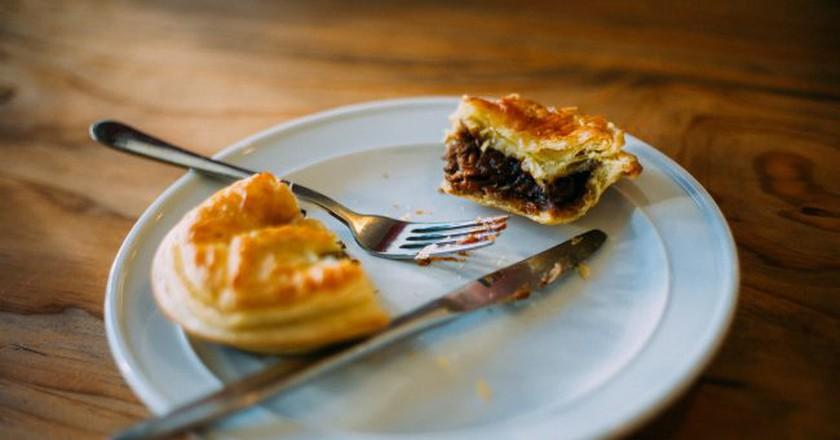 New Zealand Meat Pie | © Ezra Paulekas/Flickr