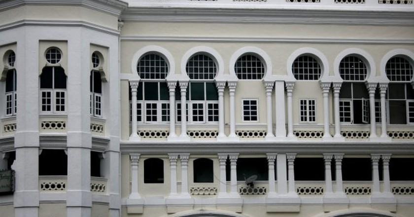 Kuala Lumpur architecture   (c) Phalinn Ooi / Flickr <https://www.flickr.com/photos/phalinn/2902951239/>