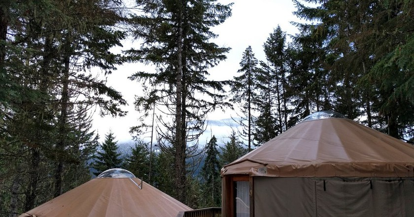 Glamping in Yurts in Canada | © Ruth Hartnup / Flickr