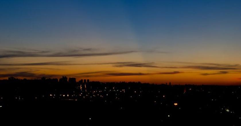 "<a href=""https://www.flickr.com/photos/marlondias/4073051489/"">Sunset at Praça Pôr do Sol   © Marlon Dias / Flickr</a>"