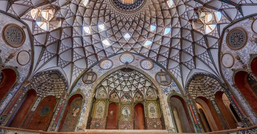 Boroujerdi House is one of the breathtaking historical houses in Kashan | © Diego Delso / Wikimedia Commons