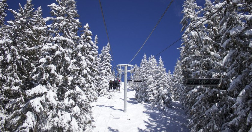 Taking a chairlift in Lapland/ Public domain/ Pixabay
