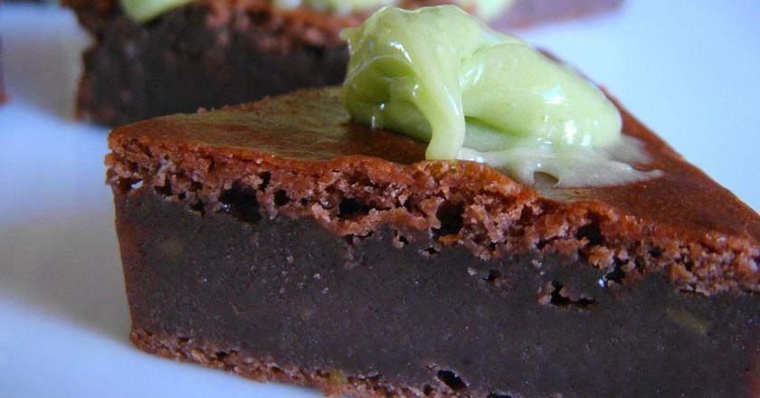Cocao avocado brownie  |© Vegan Feast Catering / Flickr