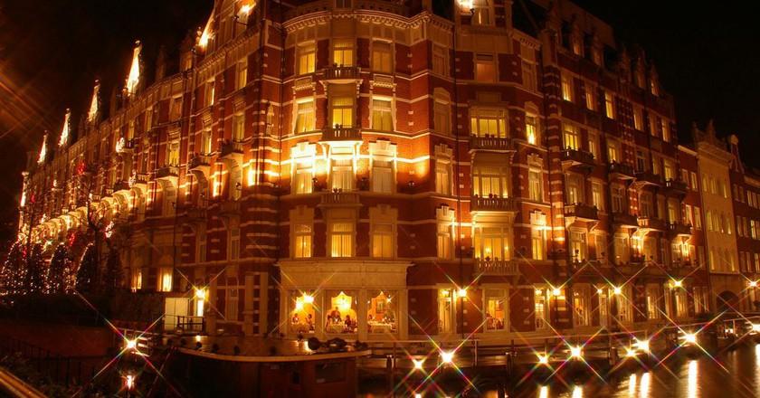 HOTEL EUROPE ハウステンボス | © mahlervv / Wikimedia Commons