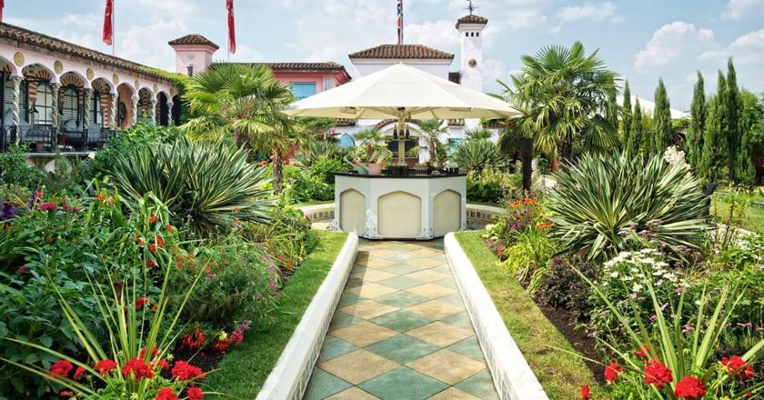 Spanish Garden   Courtesy of Kensington Roof Gardens