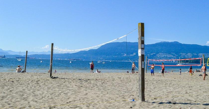 Volleyball on Kits Beach   © Hayley Simpson