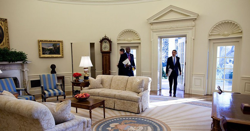 Obama enters the Oval Office | Photo by Pete Souza/Public Domain