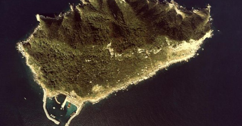 Okinoshima Island in Fukuoka-ken | © Ministry of Land, Infrastructure, Transport and Tourism - MILT Japan/Wikimedia Commons