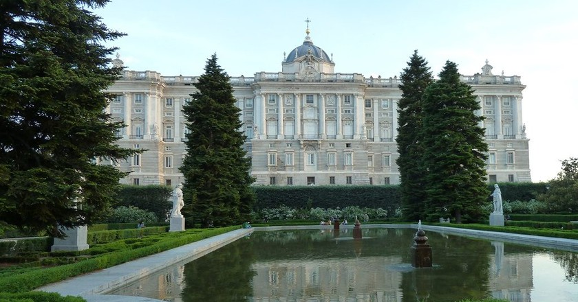 The Royal Palace as seen from the Sabatini Gardens | © Lori Zaino