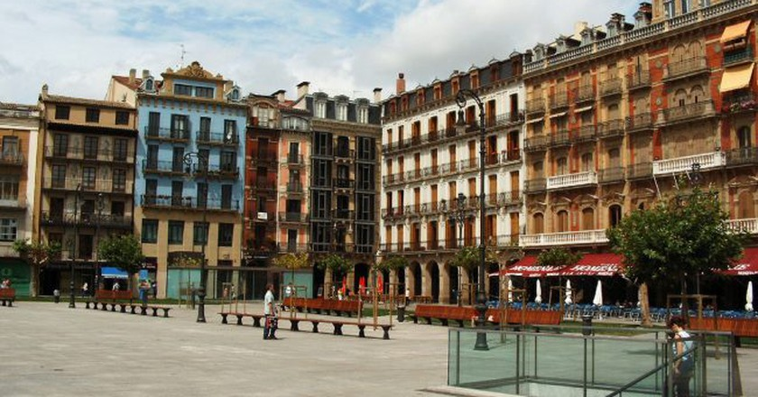 Pamplona Plaza Castillo © Jule_Berlin / Wikimedia Commons