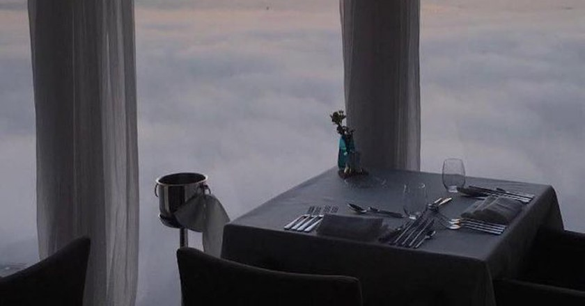 Dinner in the clouds at Panoramic 34 | © Panoramic34/Facebook