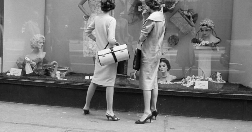 Vivian Maier, Chicago, IL, 1957   © Vivian Maier