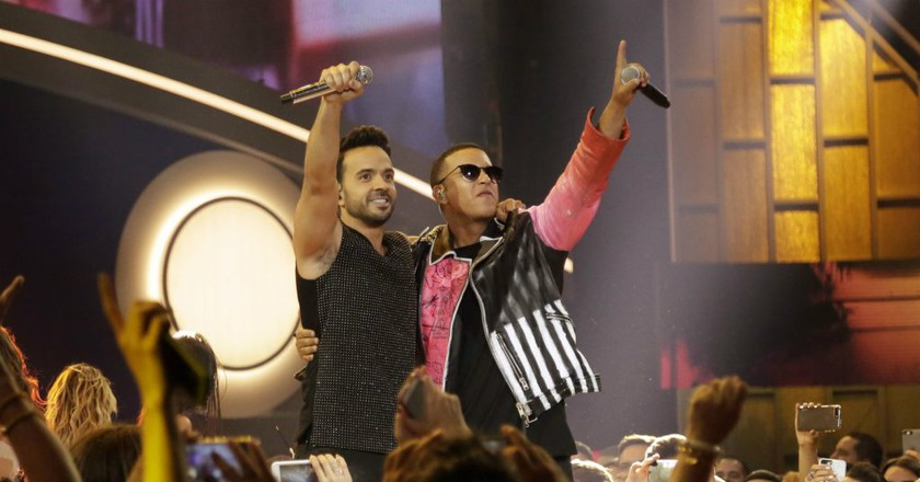 Luis Fonsi and Daddy Yankee performing at the 2017 Latin Billboard Awards | © AP/REX/Shutterstock