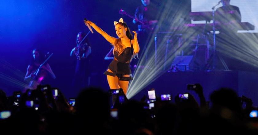 Ariana Grande tweeted she was 'broken' after the attack | ©  Berisik Radio.com/Flickr