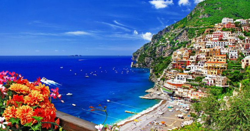 beautiful Positano. Coast of Amalfi, Italy | © leoks / shutterstock