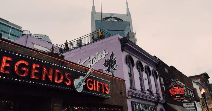 Downtown Broadway in Nashville | © spablab / Flickr
