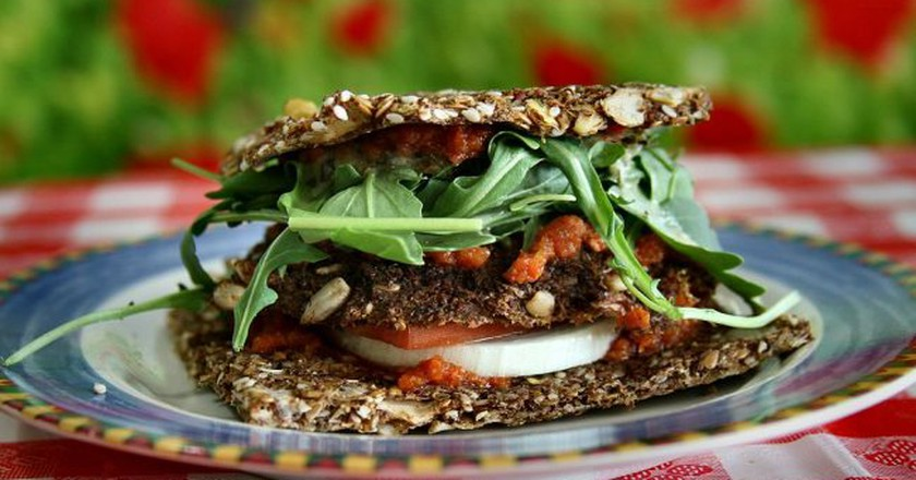 Raw Vegan Veggy Patty | © nuagecafe / Wikimedia