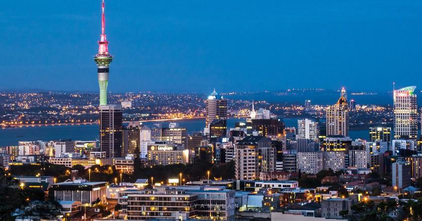 Auckland from Mt Eden   © Siyamalan/Flickr