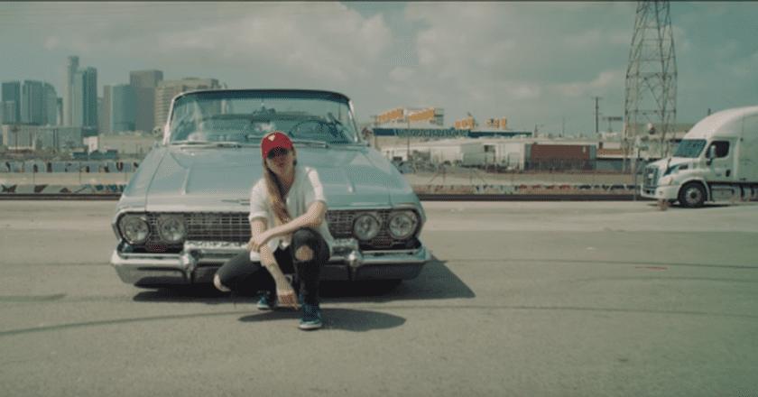 Screenshot from 'Dale' music video | © Niña Dioz/YouTube