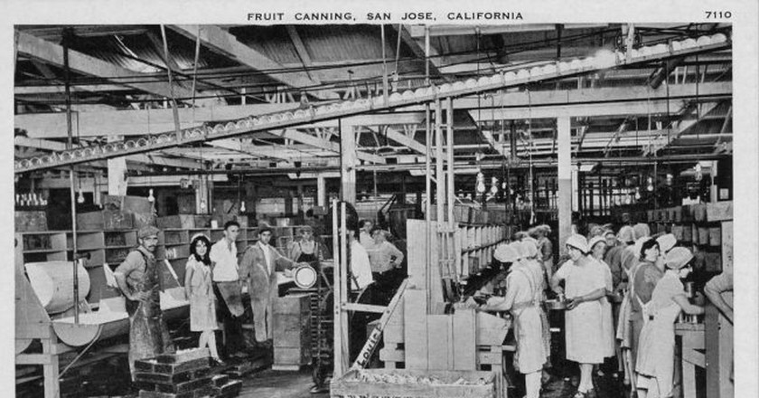 Fruit cannery in San Jose | San José Public Library/Flickr