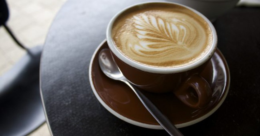 Flat White Coffee | © Russell James Smith