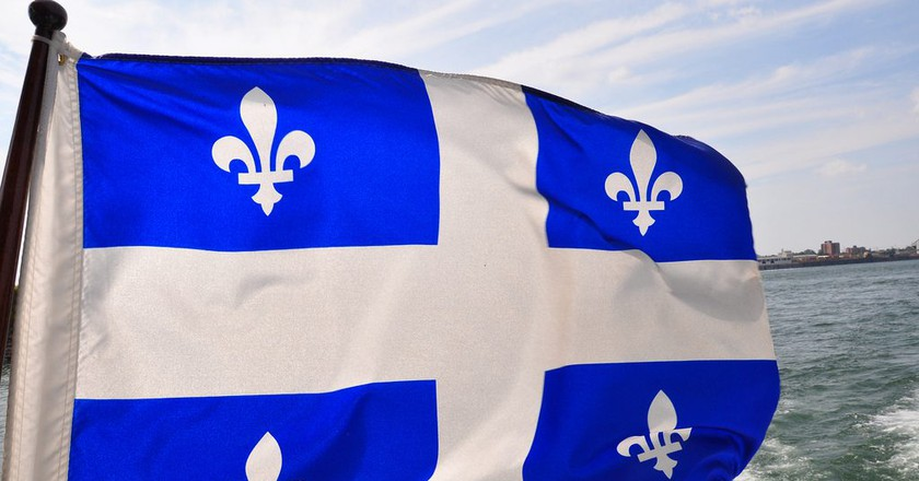 The Fleurdelisé, the flag of the province of Quebec | ©abdallahh / Flickr