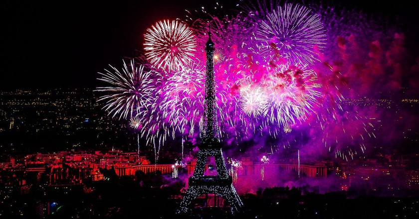 Bastille Day fireworks │© Yann Caradec / Wikimedia Commons