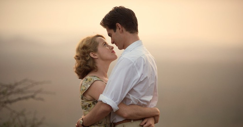 Claire Foy and Andrew Garfield in 'Breathe'   © STXinternational