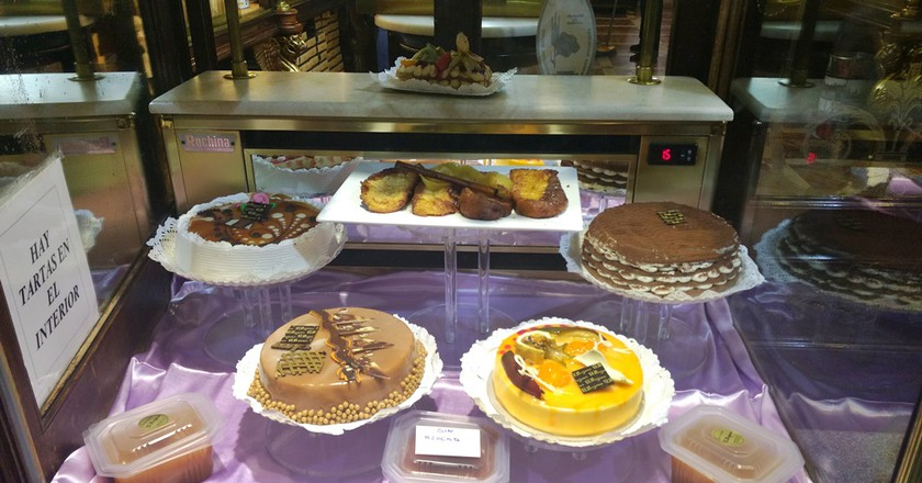 Enjoy some of the best desserts in Madrid    © Lori Zaino