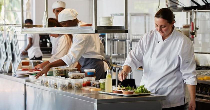 Chefs Restaurant | © Chefs
