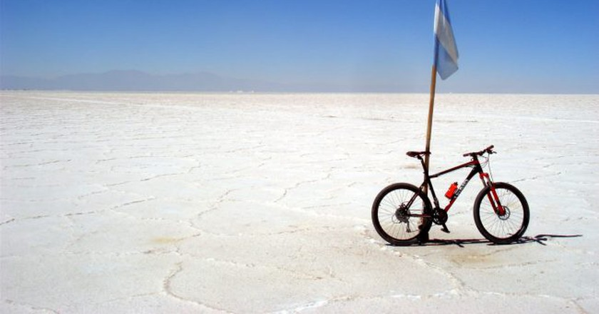 Jujuy en Bici's salt flat adventure | Courtesy of Jujuy en Bici