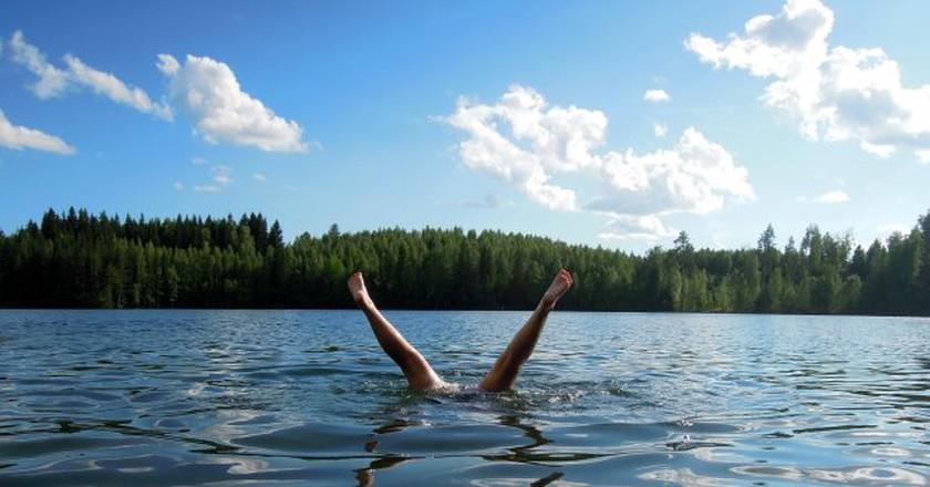 Lake swimming │Pixabay