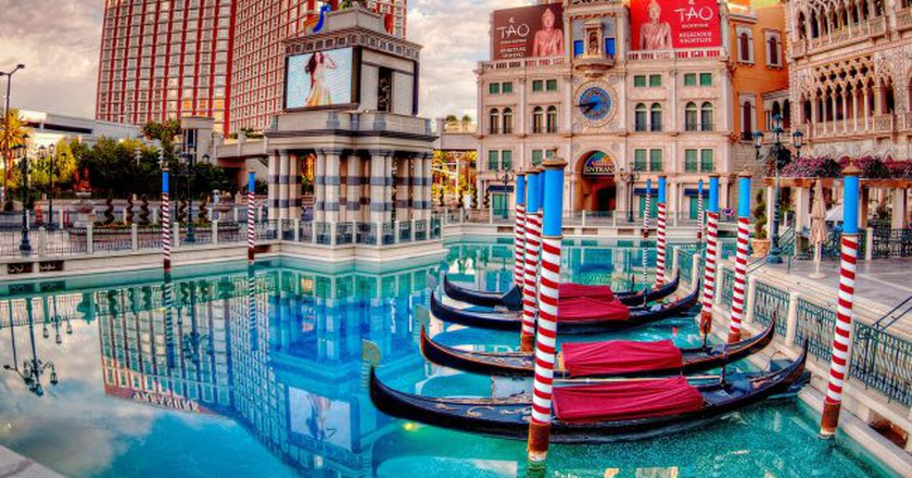 The Venetian   © Scott Webb/Unsplash
