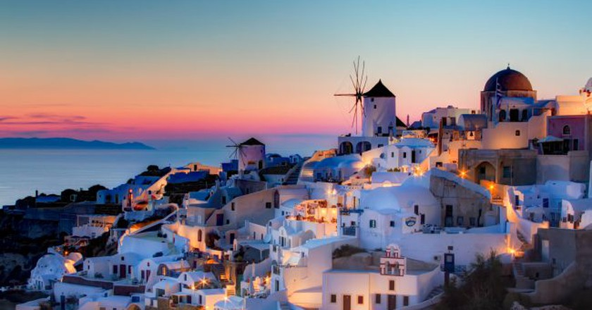 Oia, Santorini   © Pedro Szekely/WikiCommons