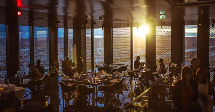 Dining | © Pexels