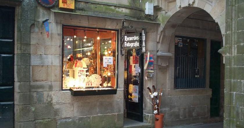 Shops in Santiago de Compostela | ©Alquiler de Coches/Flickr
