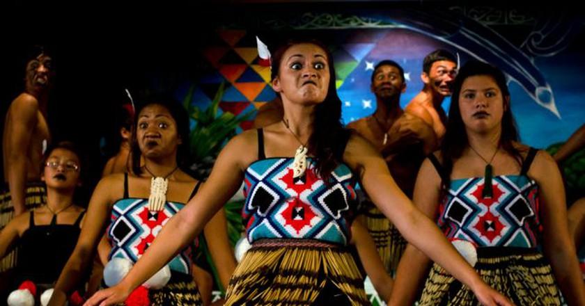 Maori Performers Sing and Dance During Waitangi Day   © ChameleonsEye/Shutterstock