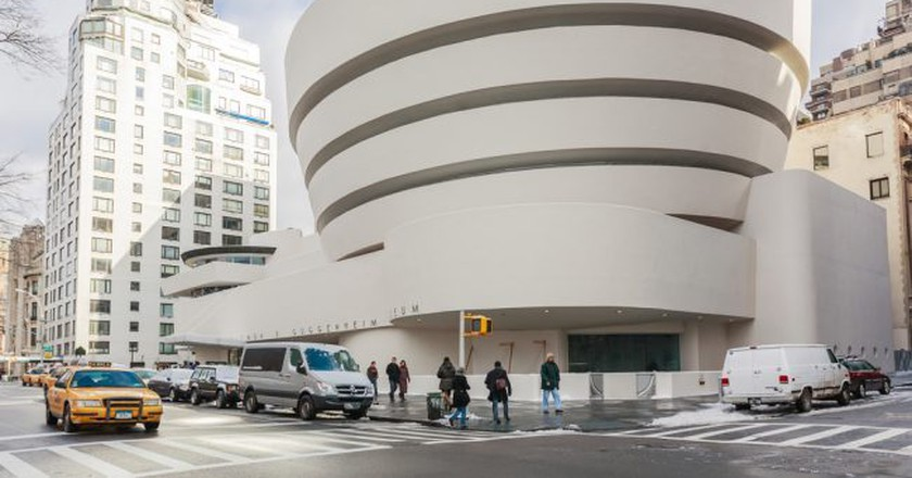 The Solomon R. Guggenheim Museum of modern and contemporary art. Designed by Frank Lloyd Wright| © Tinnaporn Sathapornnanont/Shutterstock