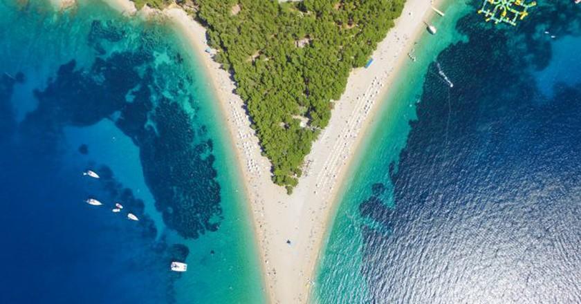 Zlatni Rat beach in Bol, Island Brac, Croatia   ©  paul prescott/Shutterstock